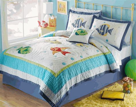 Beachy Quilt Sets by Colorful Sea Tropical Fish Quilt Set