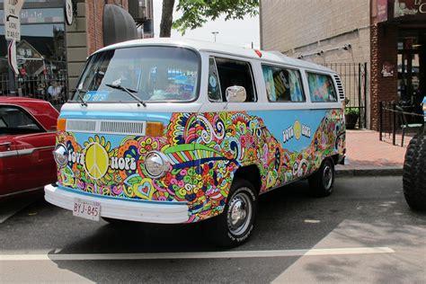 volkswagen furgone figli dei fiori 1979 volkswagen hippie this 1979 volkswagen has been