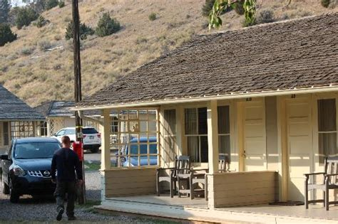 Mammoth Mountain Cabins by Deck With Mountain Picture Of Mammoth Springs