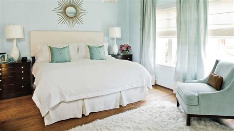 decorating for small bedrooms design ideas for master bedrooms and bathrooms southern 15101 | hm b6e19dee6ca401c7 spcms