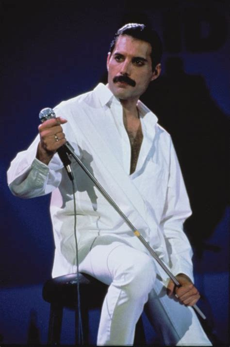 freddie mercury best biography freddie mercury biography albums streaming links