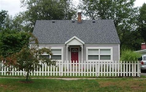 cottage picket fence the cottage with the white picket fence homeaway
