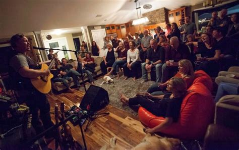 house concerts house concerts becoming more popular in canada entertainment showbiz from ctv news