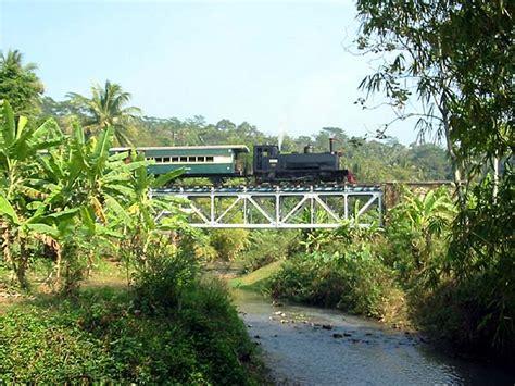 kereta wisata uap cepu indorailtour