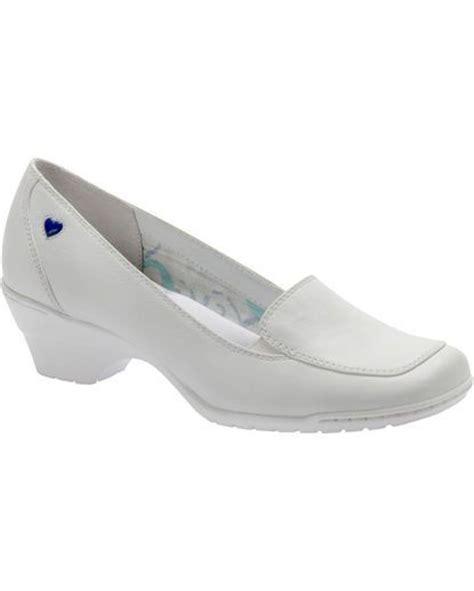 all white shoes for nursing school