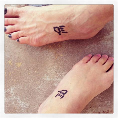 i love you in sign language tattoo i you in american sign language