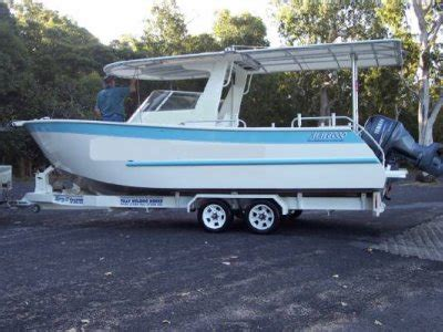 boat brokers cairns qld the boat brokers qld cairns commercial vessels for