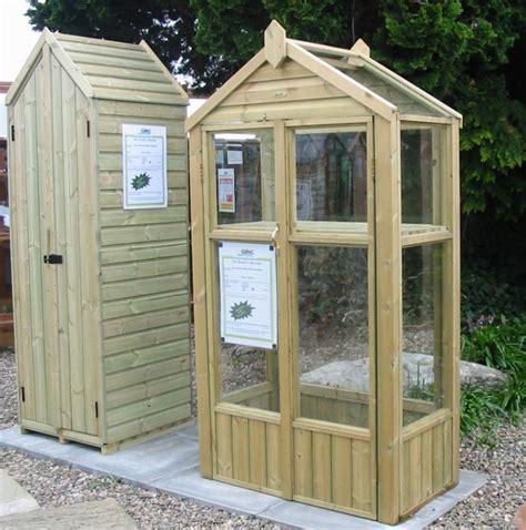 gardenactioncouk find   size garden greenhouse