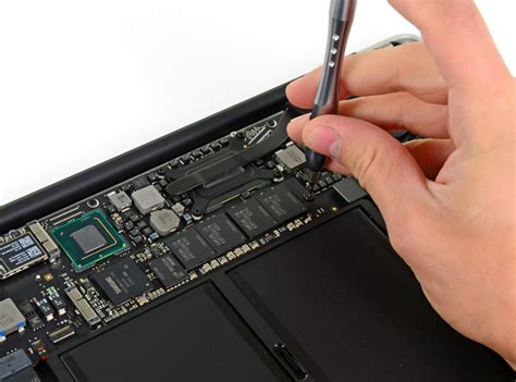 how to upgrade macbook air ram new macbook air opened up ssds not soldered to the