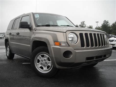 white jeep patriot 2008 2008 jeep patriot interior