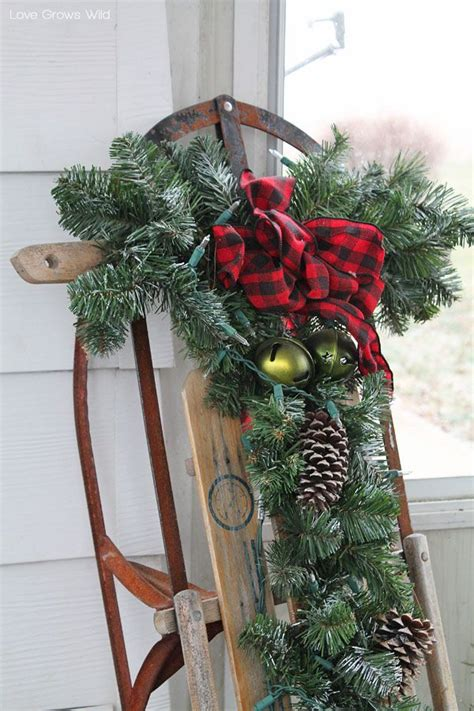 Sled Decoration by Best 25 Sled Ideas On Decorating