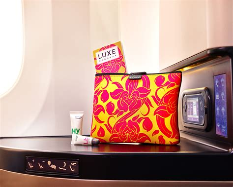 Travel Kit For Business Class Luxe Abu Dhabi Airlines etihad airways launches destination inspired amenity kits