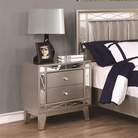 leighton bedroom set leighton collection 204921 mirrored panel transitional