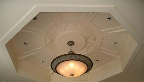 Plafond Laqué by Staff Decor Colonne Lumineuse Contemporaine