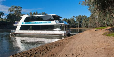 luxury house boat houseboats for hire murray river echuca echuca luxury