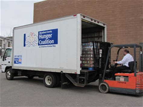 Food Pantries That Deliver united way gets new delivery truck for local food pantries