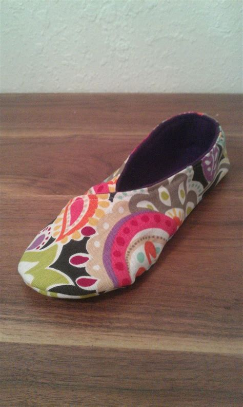 pattern for kimono slippers lauren e fabrications kimono slipper tutorial sewing