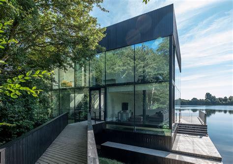 glass villa   lake architect magazine mecanoo