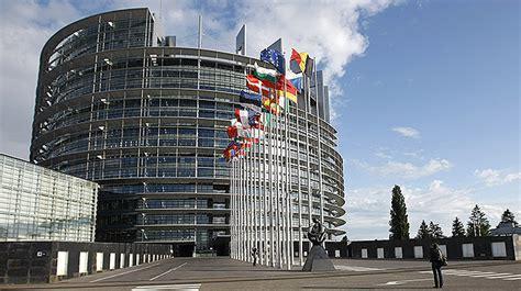 strasburgo sede parlamento europeo mantenere la doppia sede parlamento europeo ci coster 224