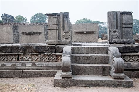 Distance Mba Colleges In Warangal by D Source History Warangal Fort And Temple Architecture