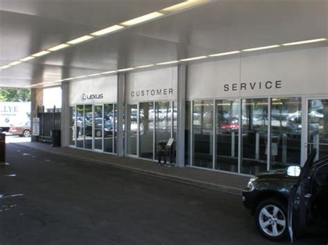 rallye lexus car dealership in glen cove ny 11542