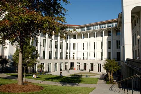 Emory Mba Program by Time Mba Program Up To No 18 In Businessweek