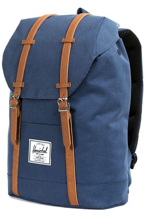 Original Herschel Retreat Mid Volume Backpack Black herschel retreat backpack 19l navy buy at skatedeluxe