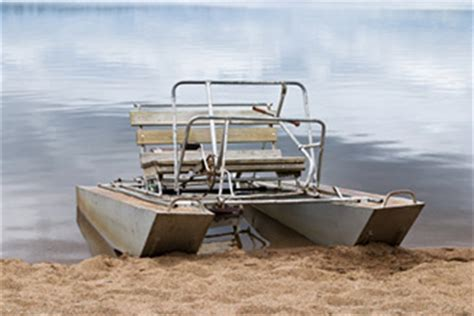 diy wooden pontoons how to make a little wooden boat geno
