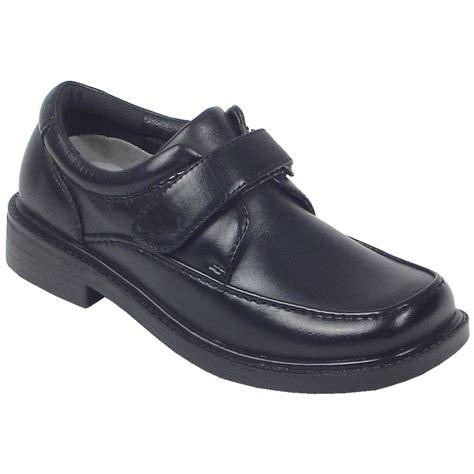 deer stag shoes boy s deer stags 174 brody shoes black 297207 casual
