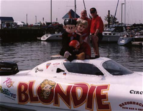 gary ballough boat racing comics couple stars in high powered performance racing