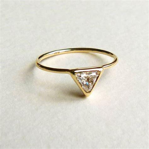 Verlobungsring Besonders by Moderne Verlobungsringe Filigrane Eleganz Am Finger