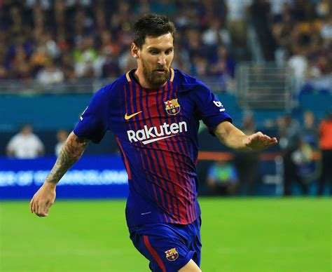 barcelona striker lionel messi hasn t yet signed contract man utd star lukaku chelsea ace morata and spurs kane