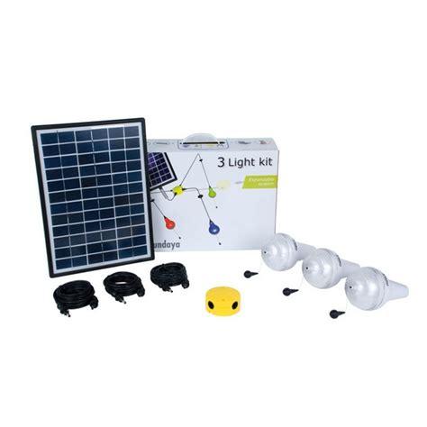 kit clairage solaire 3 les ulitium 200 sur solairepratique eclairage intrieur solaire