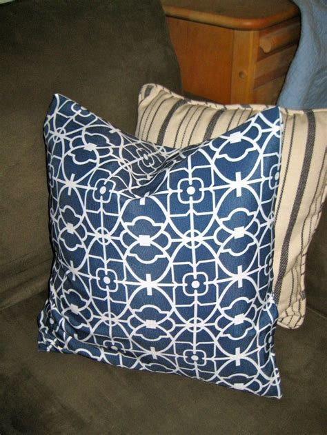 New Sew Pillow Cover by 17 Best Ideas About No Sew Pillow Covers On