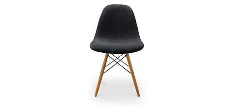 chaise médaillon pas chère chaise eames pas cher chaise charles eames pas cher