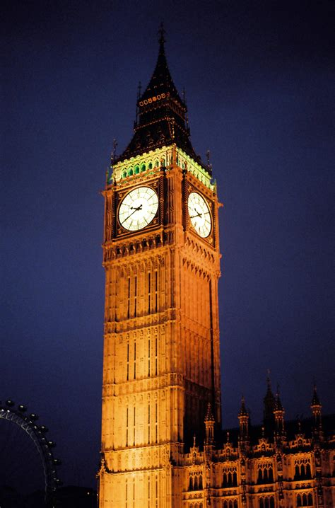 london clock tower top 10 places to visit in london world tourism tips