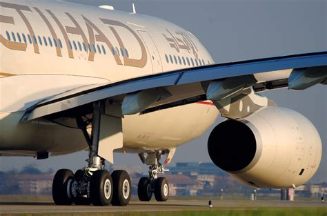 United Airlines Hubs by In Fight Against Etihad American Airlines May Stand Alone