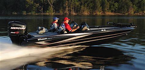 triton boats passenger console research 2014 triton boats 18xs on iboats