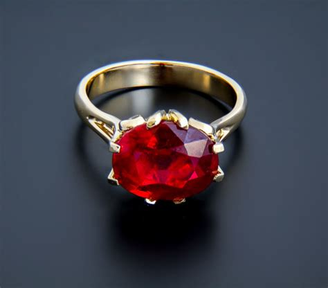 Ruby 9 17 Ct 18k gold and ruby ring 5 8 ct ring size 17 mm 6 5 us
