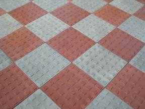 Technical guide on tiles