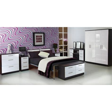 black and white bedroom sets 25 best ideas about white gloss bedroom furniture on pinterest black high sets