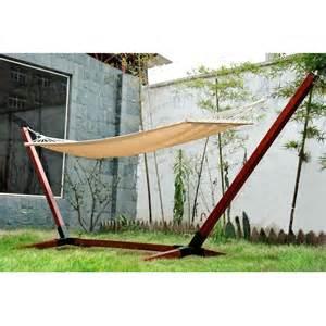 hamac de jardin avec support en bois hamac sur pied 1