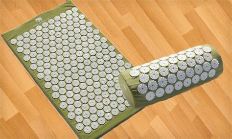 bed of nails mat acupressure mat and pillow groupon goods