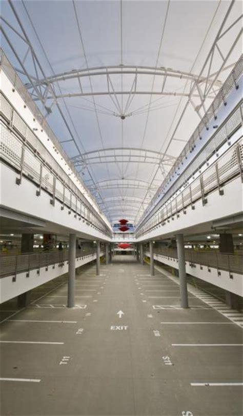 garaje reservations indianapolis airport parking garage ind indianapolis