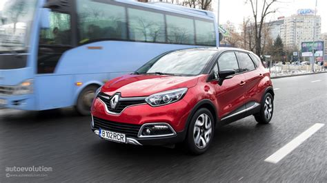 small renault 2015 renault captur tested why small crossovers are so