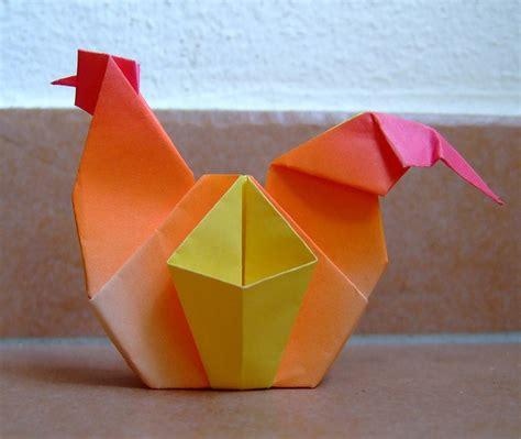 8 5 X 11 Origami Flower - 動物をクイリング のユニークなアイデア 25 件以上 豚のカップケーキ ハリネズミ 飼い 方 三猿