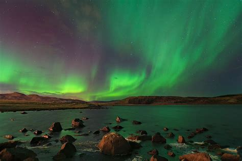 iceland in january northern lights 4 day winter adventure blue lagoon the golden circle