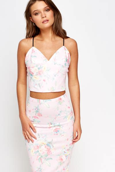 Crop Top Pink Flower light pink floral crop top just 163 5