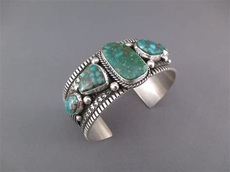br7587 turquoise cuff bracelet with green kingman