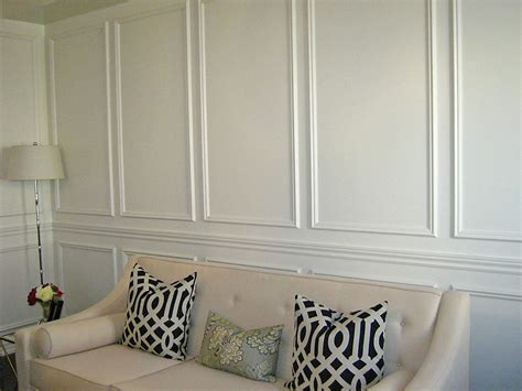 Wall Wainscoting by Living Room Day 2 Am Dolce Vita